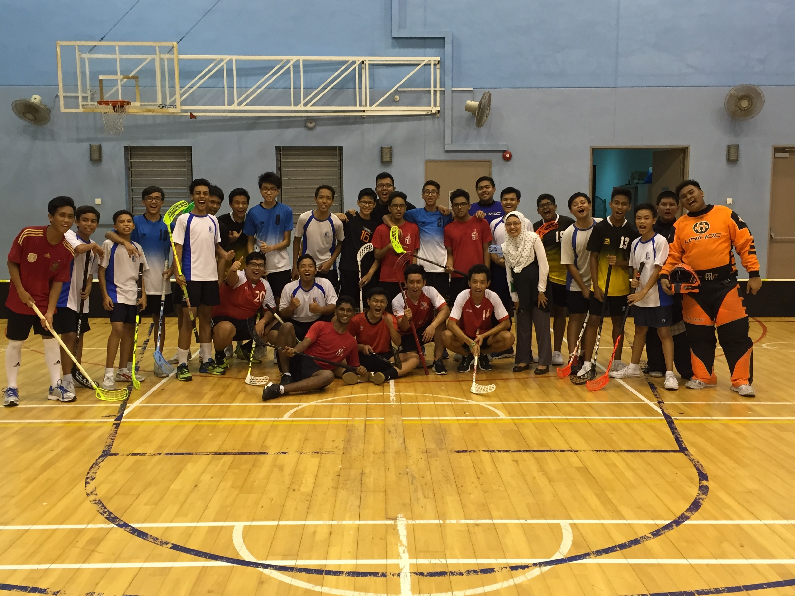 Floorball Team Group Photo 01