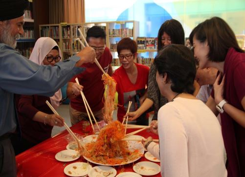 Yusheng prepared by the Staff Welfare Committee 02